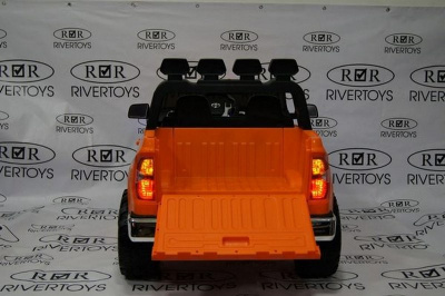 Электромобиль RiverToys Toyota Tundra Mini JJ2266
